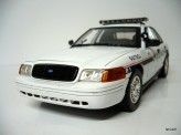 MOTOR MAX 1:18 Ford Crown Vitoria Asheville