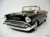 MOTOR MAX 1:18 Chevrolet Bel Air 1957