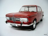 MODEL CAR GROUP 1:18 BMW 2000 1966